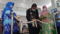 Launching Anjungan Dukcapil Mandiri (ADM) yakni mesin pencetakan dokumen kependudukan pertama di Kota Banjarbaru