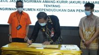 Penandatanganan Kesepakatan Bersama dan Perjanjian Kerja Sama antara Pemerintah Kota Banjarbaru dengan Mitra Kerja di Aula Gawi Sabarataan
