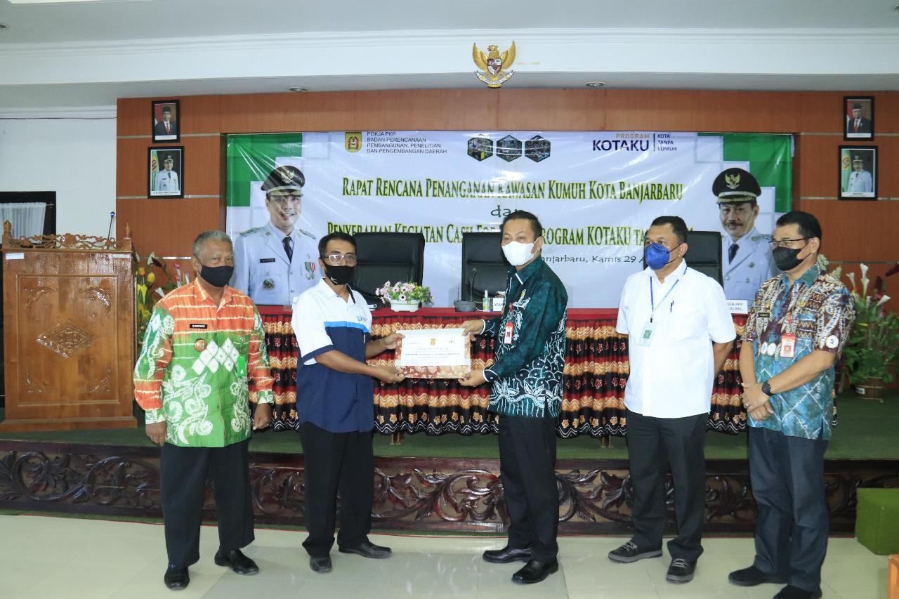 Penyerahan CFW Program Kotaku di Banjarbaru