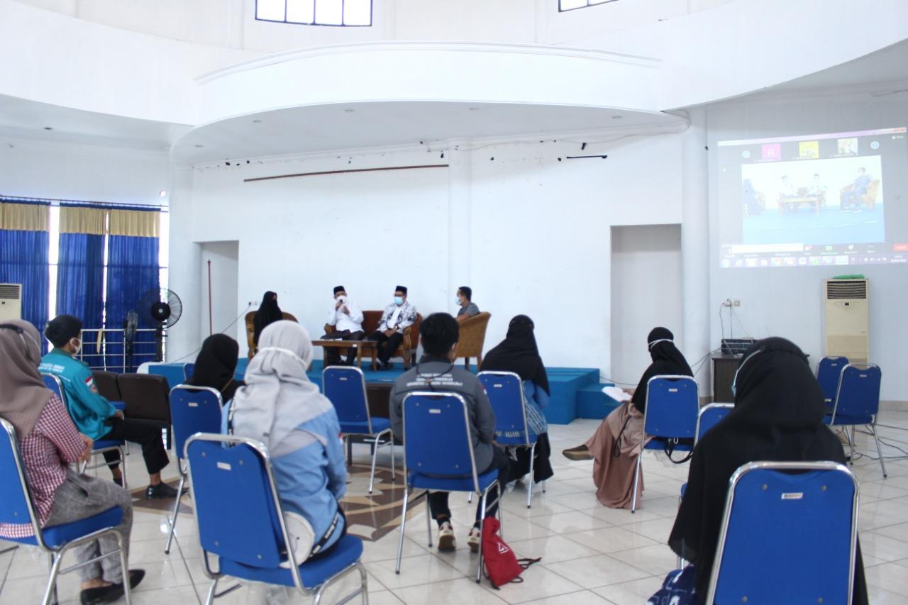 Peringati Hari Pendidikan, BEM FKIP ULM Gelar Talkshow