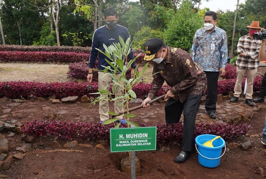 DIRESMIKAN - Menteri Pariwisata dan Ekonomi Kreatif RI Sandiaga Salahuddin Uno, meresmikan Restorasi Pesanggrahan Tahura Sultan Adam.