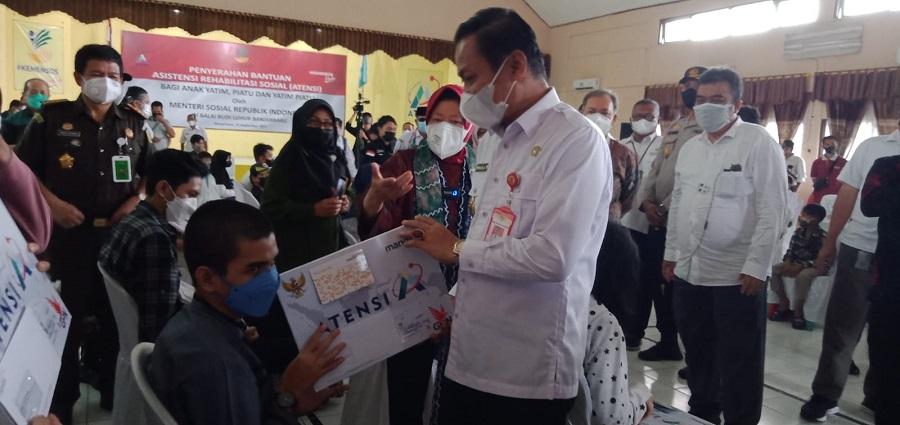 Kunjungi Budi Luhur Banjarbaru, Mensos RI Serahkan Bantuan Atensi
